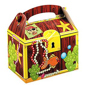 The Treasure Chest party boxes © DreamParty via eBay