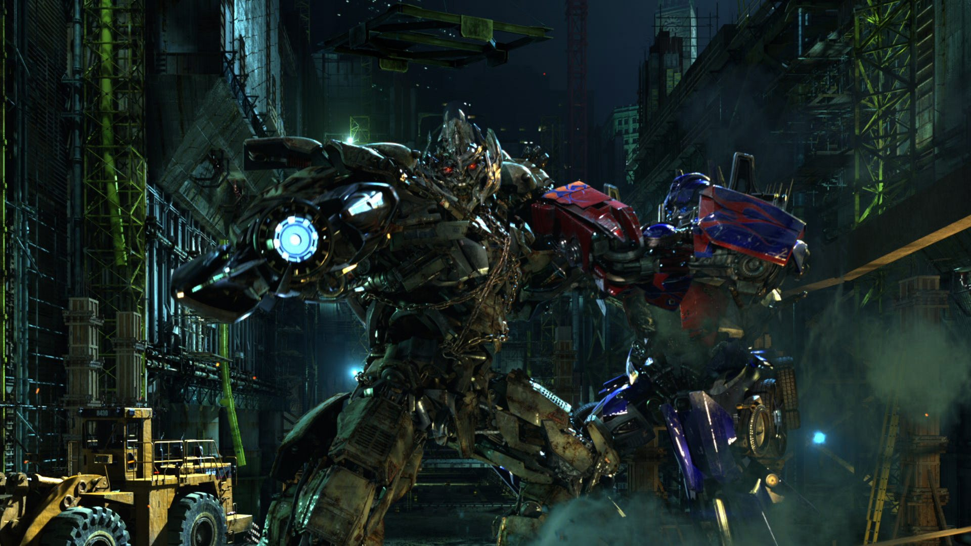 Optimus Prime and Megatron battle it out  Image courtesy of Unviersal Orlando