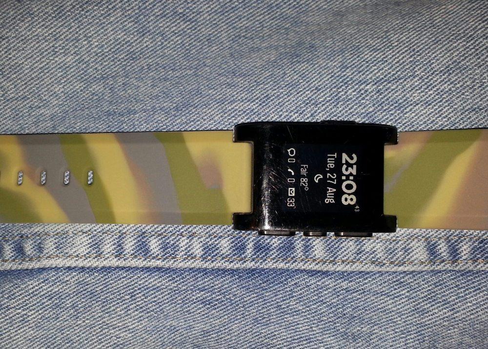 Camo Wide Body strap for Pebble. Photo by Anton Olsen