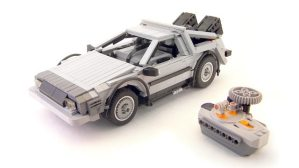 UCS DeLorean