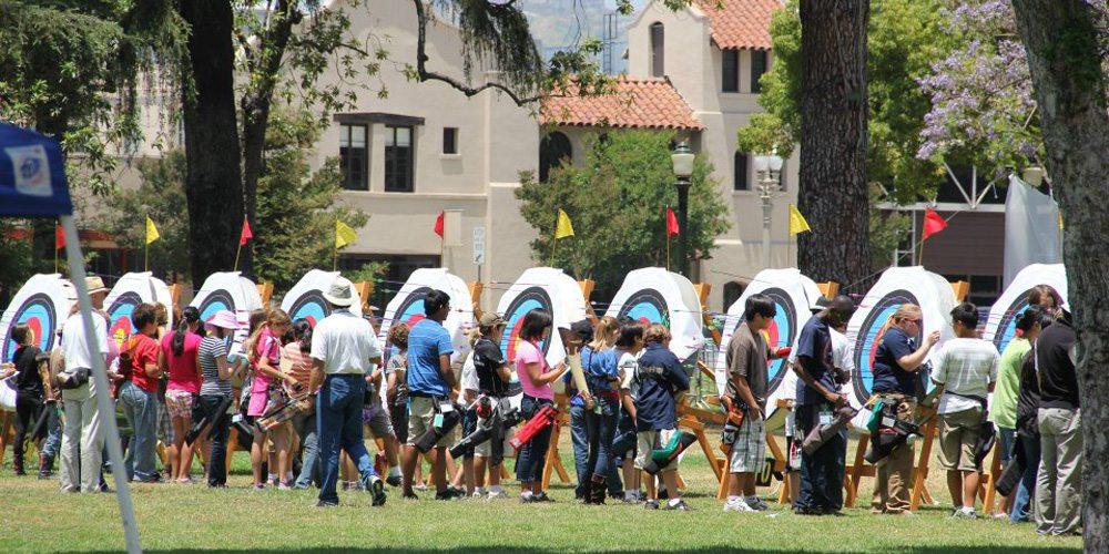 Photo courtesy of Pasadena Roving Archers.