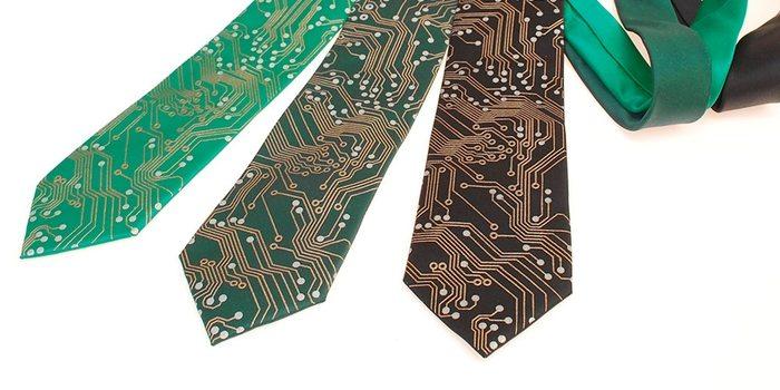 Circuit Board Tie