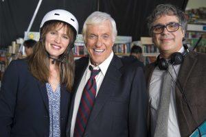 Jennifer Garner, Dick Van Dyke and director Miguel Arteta on the set.