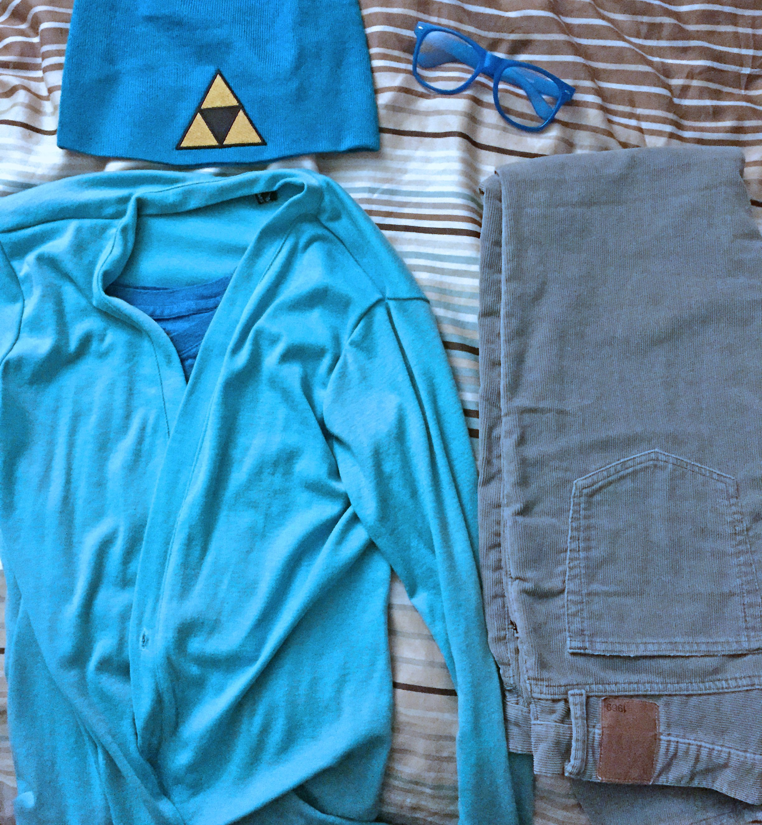 Hipster Navi attire. Photo by Will James.