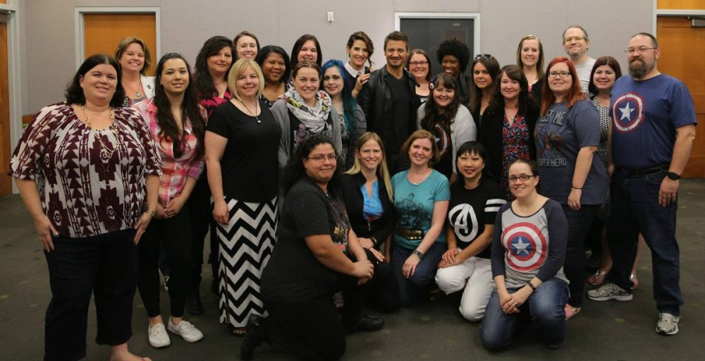 Group photo with the bloggers (I'm in the back, towards the right)