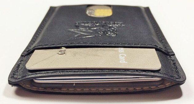 Nimble RFID-Blocking Wallet