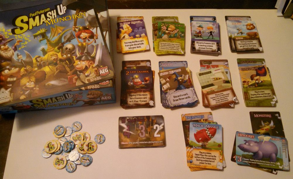 Smash Up Munchkin: What's in the box.