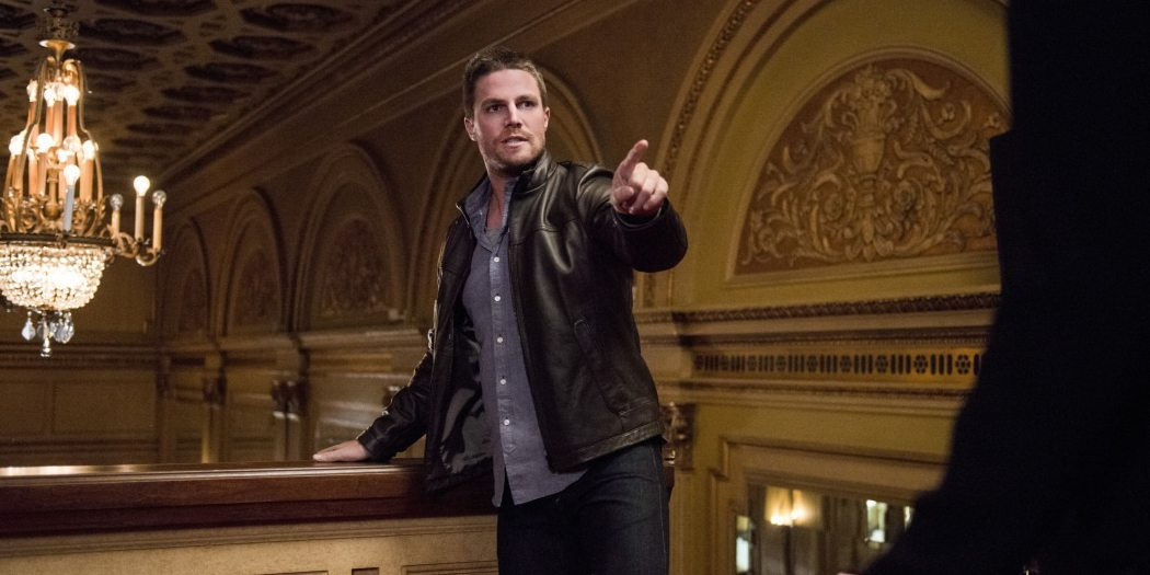 "Arrow -- ""The Candidate"" -- Image ARR402B_0309b -- Pictured: Stephen Amell as Oliver Queen -- Photo: Cate Cameron /The CW -- �© 2015 The CW Network, LLC. All Rights Reserved."