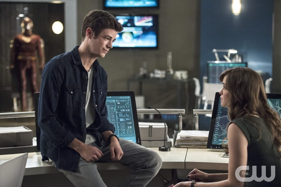 """The Flash -- """"The Fury of Firestorm"""" -- FLA204A_0169b -- Pictured (L-R): Grant Gustin as Barry Allen and Danielle Panabaker as Caitlin Snow -- Photo: Cate Cameron /The CW -- �© 2015 The CW Network, LLC. All rights reserved."""