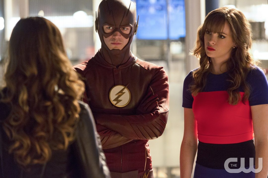 "The Flash -- ""Family of Rogues"" -- Image FLA203a_0235b.jpg -- Pictured (L-R): Peyton List as Lisa Snart, Grant Gustin as The Flash, Danielle Panabaker as Caitlin Snow -- Photo: Jeff Weddell/The CW -- �© 2015 The CW Network, LLC. All rights reserved."