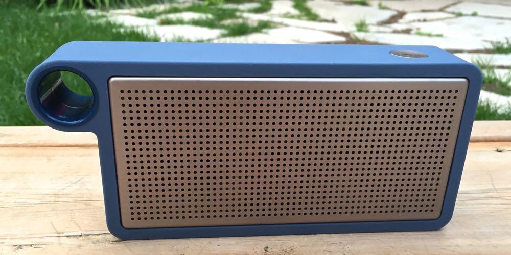Astr Speaker's minimalist design