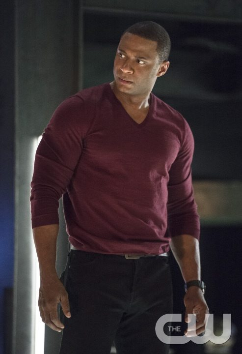 """Arrow -- """"Haunted"""" -- Image AR404B_0190b.jpg -- Pictured: David Ramsey as John Diggle -- Photo: Cate Cameron/ The CW -- �© 2015 The CW Network, LLC. All Rights Reserved."""