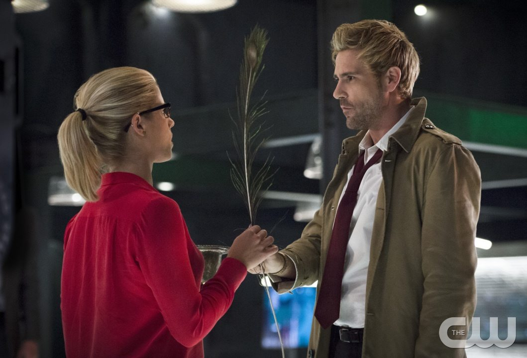 """Arrow -- """"Haunted"""" -- Image AR404B_0050b.jpg -- Pictured (L-R) Emily Bett Rickards as Felicity Smoak and Matt Ryan as Constantine -- Photo: Cate Cameron/ The CW -- �© 2015 The CW Network, LLC. All Rights Reserved."""
