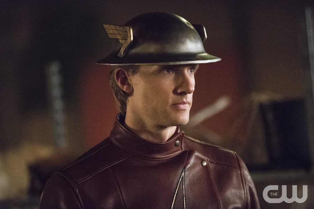 """The Flash -- """"Flash of Two Worlds"""" -- Image FLA202A_0323b -- Pictured: Teddy Sears as Jay Garrick -- Photo: Cate Cameron/The CW -- �© 2015 The CW Network, LLC. All rights reserved."""