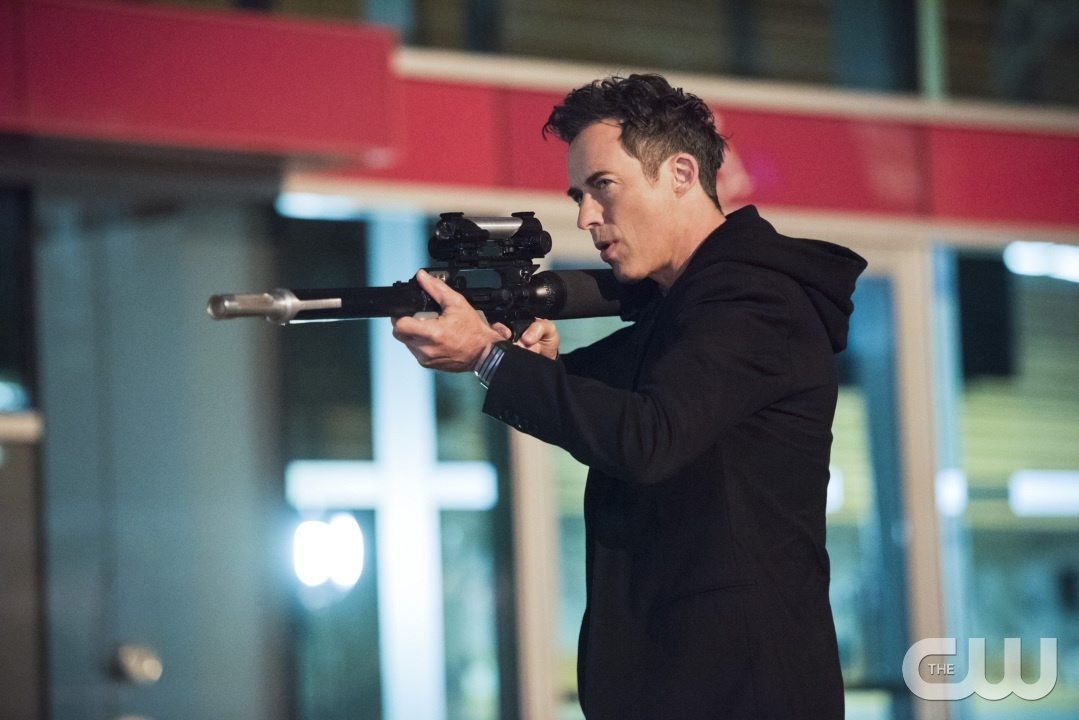 """The Flash -- """"Enter Zoom"""" -- Image FLA206A_0146b.jpg -- Pictured: Tom Cavanagh as Harrison Wells -- Photo: Dean Buscher/The CW -- �© 2015 The CW Network, LLC. All rights reserved."""