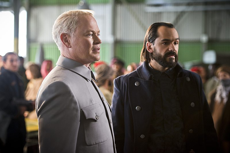 """DC's Legends of Tomorrow -- """"Pilot, Part 2"""" -- Image LGN102_20150917_0279b -- Pictured (L-R): Neal McDonough as Damien Darhk and Casper Crump as Vandal Savage -- Photo: Diyah Pera/The CW -- �© 2015 The CW Network, LLC. All Rights Reserved."""