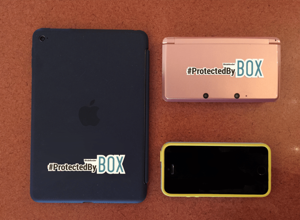 In my purse: iPad Mini, Nintendo 3DS, and iPhone 5s, all protected by BOX.