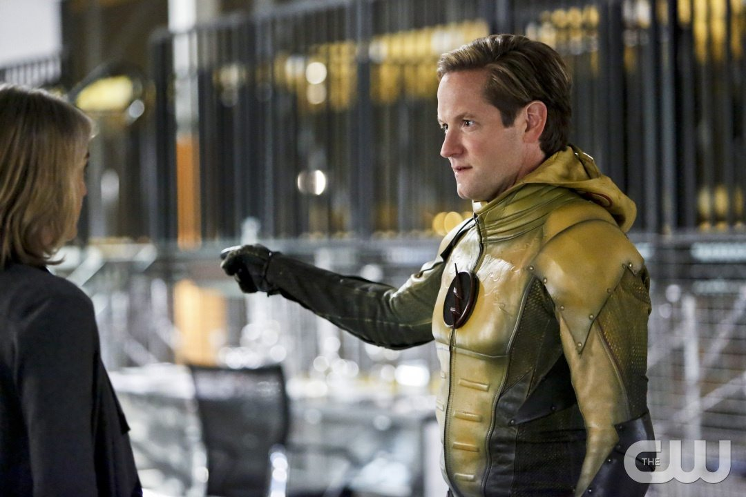 """The Flash -- """"The Reverse Flash Returns"""" -- Image FLA211b_0017b -- Pictured (L-R): Amanda Pays as Christina McGee and Matthew Letscher as Eobard Thawne/Reverse Flash -- Photo: Bettina Strauss/The CW -- �© 2016 The CW Network, LLC. All rights reserved."""