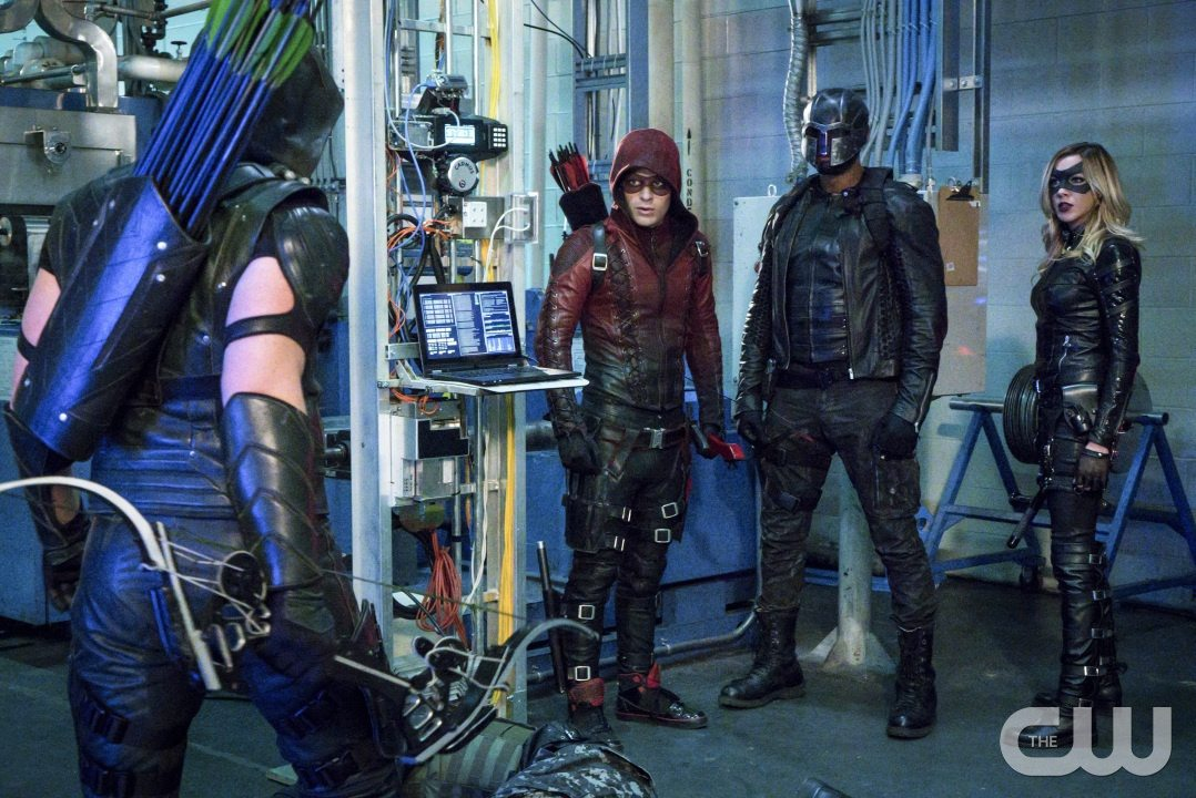 """Arrow -- """"Unchained"""" -- Image AR412A_0054b.jpg -- Pictured (L-R): Stephen Amell as Green Arrow, Colton Haynes as Arsenal, David Ramsey as John Diggle and Katie Cassidy as Black Canary -- Photo: Liane Hentscher/ The CW -- �© 2016 The CW Network, LLC. All Rights Reserved."""