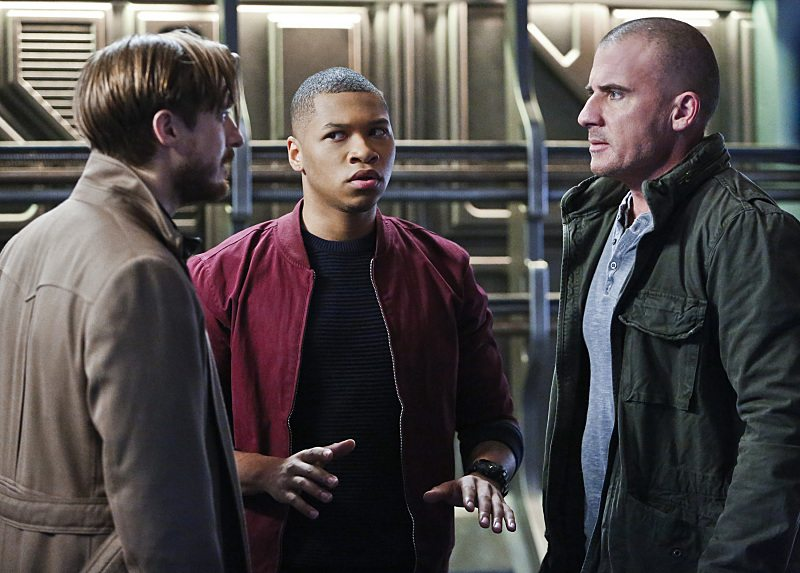 """DC's Legends of Tomorrow -- """"Marooned"""" -- Image LGN107B_0081b.jpg -- Pictured (L-R): Arthur Darvill as Rip Hunter, Franz Drameh as Jefferson """"Jax"""" Jackson, and Dominic Purcell as Mick Rory / Heat Wave -- Photo: Bettina Strauss/The CW -- �© 2016 The CW Network, LLC. All Rights Reserved."""