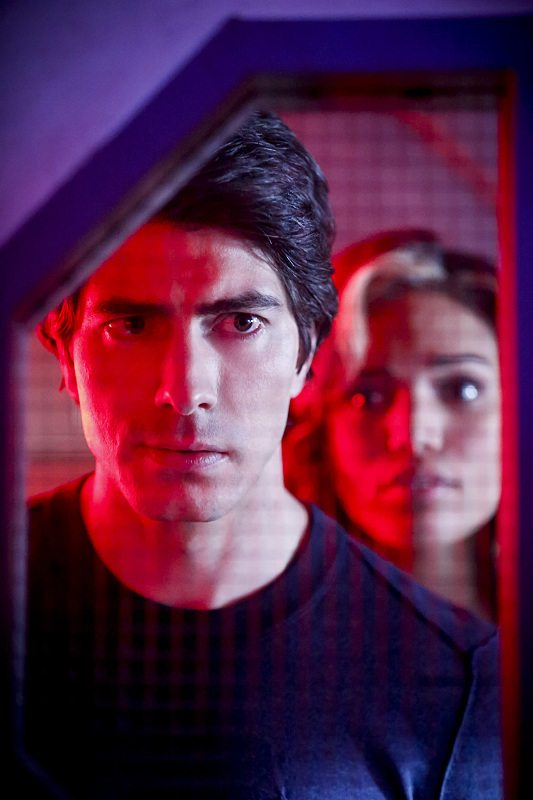"""DC's Legends of Tomorrow -- """"Marooned"""" -- Image LGN107A_0073b.jpg -- Pictured (L-R): Brandon Routh as Ray Palmer / Atom and Ciara Renee as Kendra Saunders / Hawkgirl -- Photo: Bettina Strauss/The CW -- �© 2016 The CW Network, LLC. All Rights Reserved."""