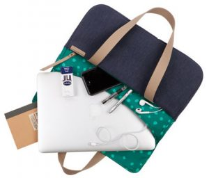 The Grace Deluxe Laptop Sleeve. Image: STM Bags