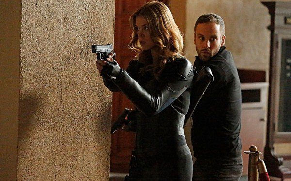 Bobbi & Hunter's last mission with the team, image via ABC/Marvel Entertainment