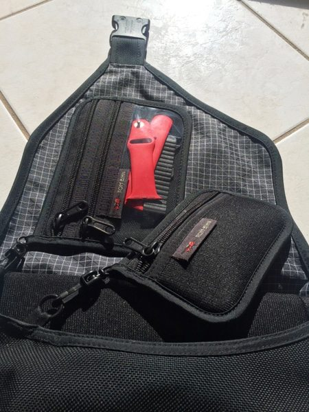 Tom Bihn accessory pouches (Photo by Skip Owens)