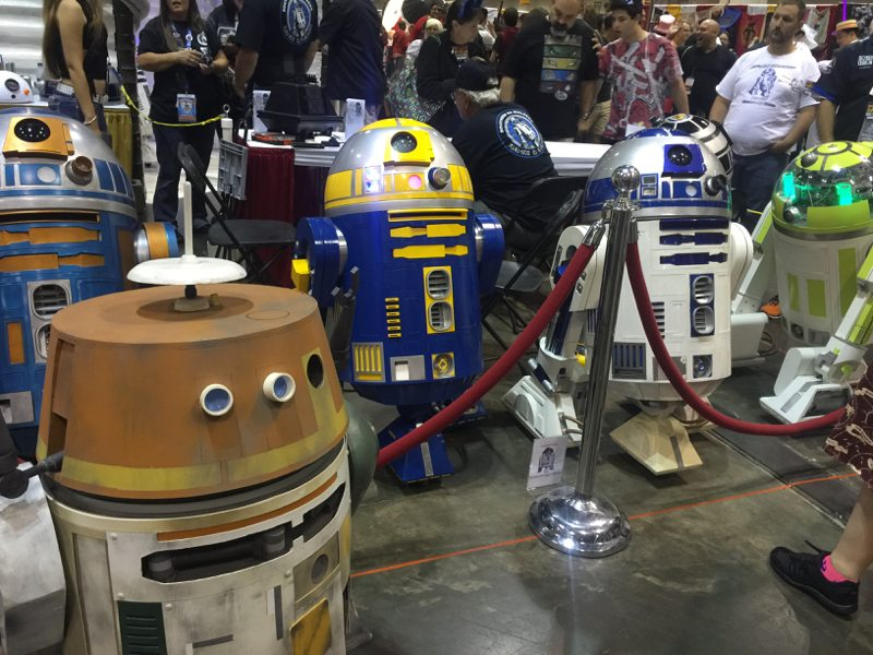 Come on, the droids want to run and play! (MegaCon 2016 photo by Skip Owens)