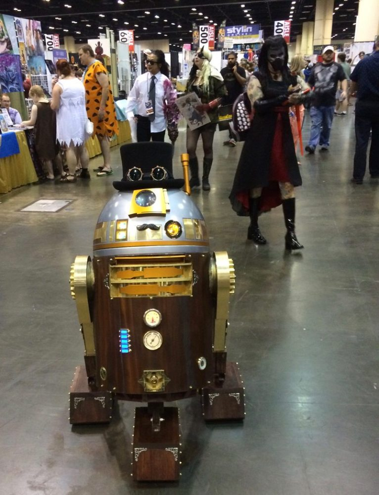 Steam Punk R2!!! (MegaCon 2016 photo by Erica Owens)