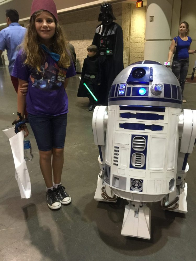 Look out R2, Vader is behind you! (MegaCon 2016 photo by Skip Owens)