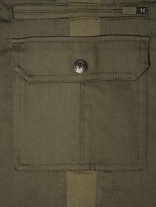 A good shot of the side pockets. Image: Scottevest