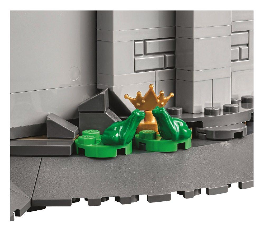 LEGO_71040_7
