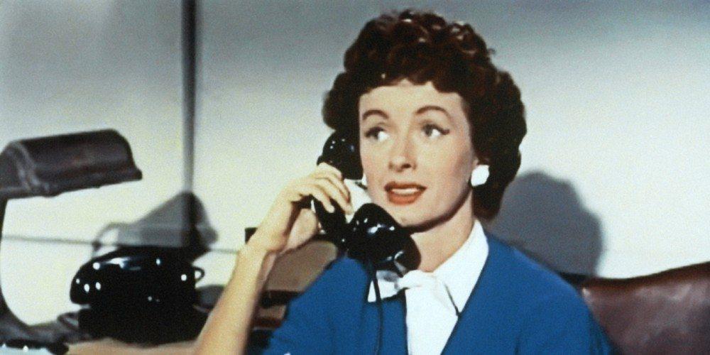 Noeil Neill as Lois Lane in Adventures of Superman, image via Warner Bros.