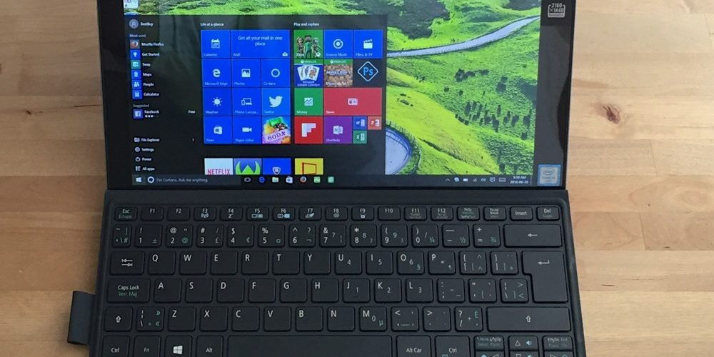 Acer Switch Alpha 12 can be a laptop