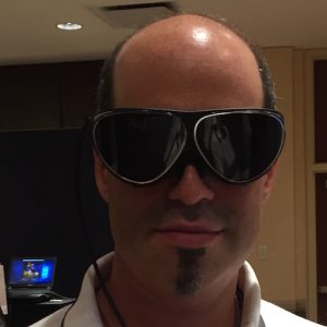 Michael Kaufman, the Architechnologist, wearing the Dlodlo Glass V1