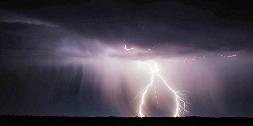Parenting Thunder-Phobic Kids, thunder, thunderstorms, fear of thunder, thunder and lightning, books for kids afraid of thunder, patricia polacco