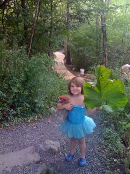 Aeris and Rexy at Dinosaur State Park