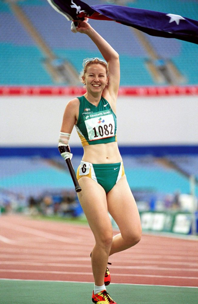 Australian Amy Winters with her gold medal. Sydney Games. Photo: Wikipedia Commons