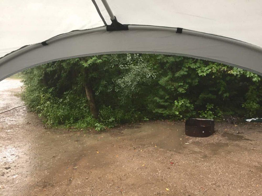 Coleman Point Loma rain shelter