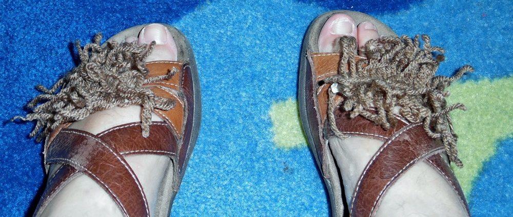 hobbit-feet