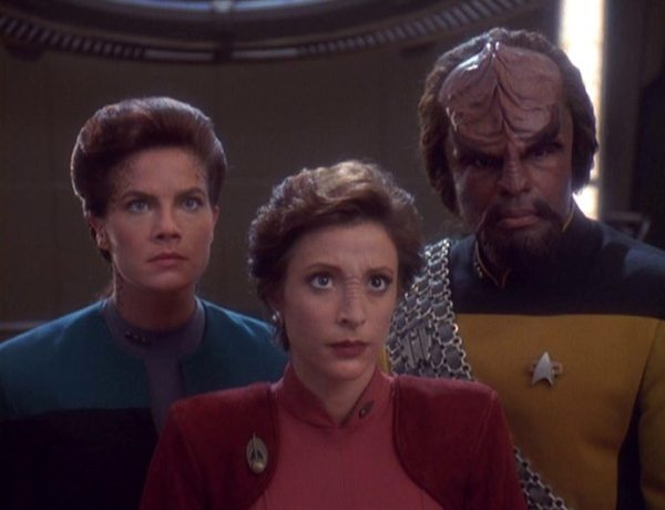 screen cap from DS9: The Way of the Warrior Part 1