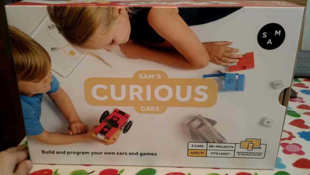 SAM labs Curious Cars box