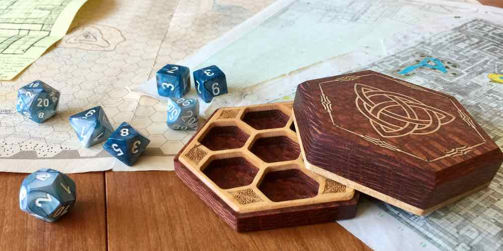 Elderwood Academy Dice Box