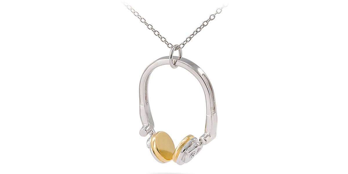 Headphone Necklace \ Image: RockLove Jewelry