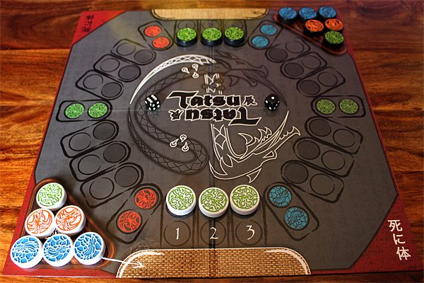 A Game of Tatsu Ready to Play, Image: Sophie Brown