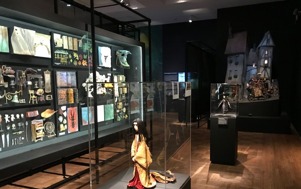 LAIKA display cases
