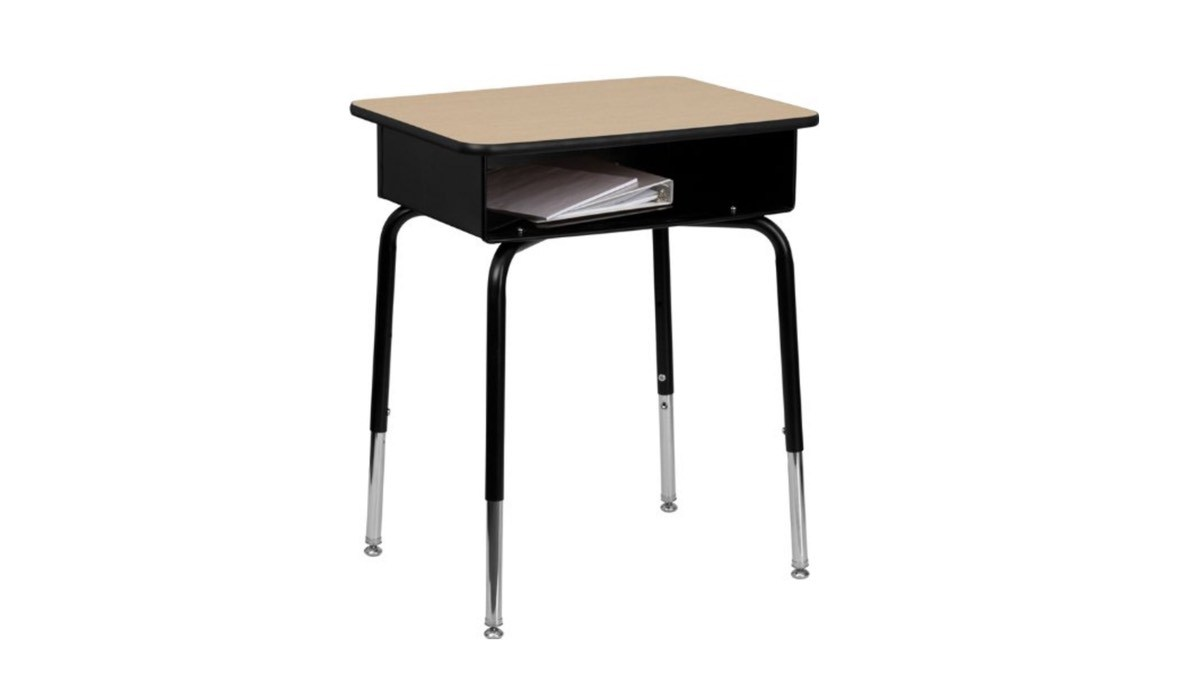 Geek Daily Deals 062018 student desk