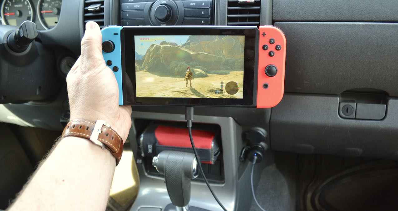 AmazonBasics Nintendo Switch car charger review