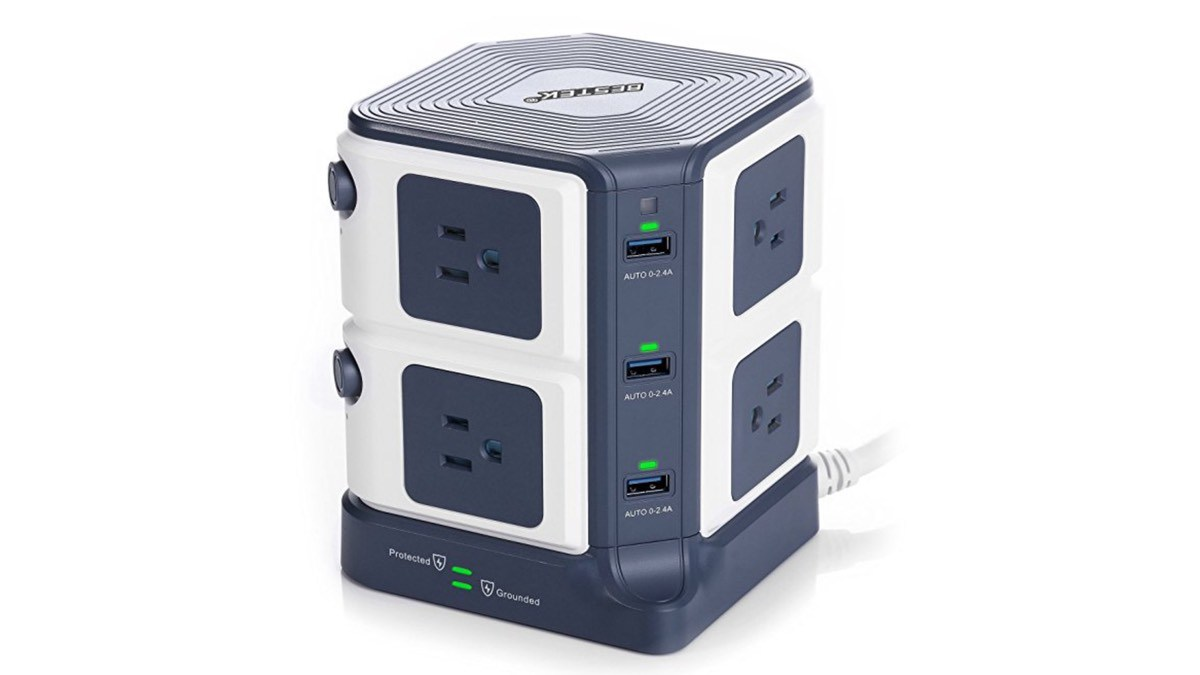 Geek Daily Deals 071518 surge protector power strip